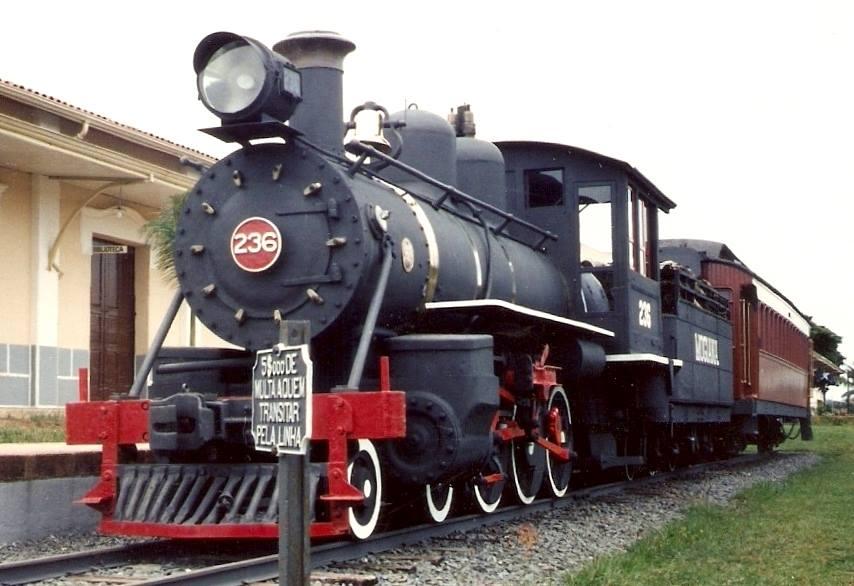 Inauguração da locomotiva estática 236 em Jaguariúna